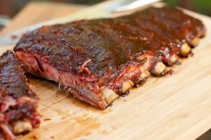 Jensens Spareribs På Gasgrill : Grillede spareribs med hjemmelavet barbeque sauce